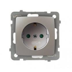 KARO Gniazdo pojedyncze z uziemieniem schuko z przesłonami torów prądowych, bez ramki, kolor srebrny perłowy GP-1SSP/m/43